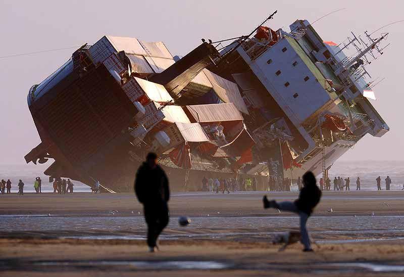 Stateczność statku oraz jego wagi i wpływ gęstości na zanurzenie